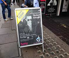 Richard Ashcroft HMV 26-05-2016